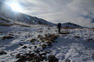 incontando la prima neve a quota 2450 m. (19-10-2013)
