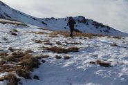 salendo verso la conca di quota 2550 m. (19-10-2013)