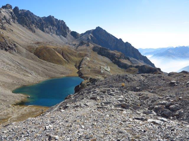 Lago mediano di Roburent dal sentiero che passa alto
