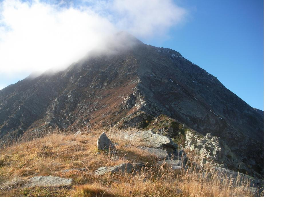 La cresta nord dalla Cima Maciarone..