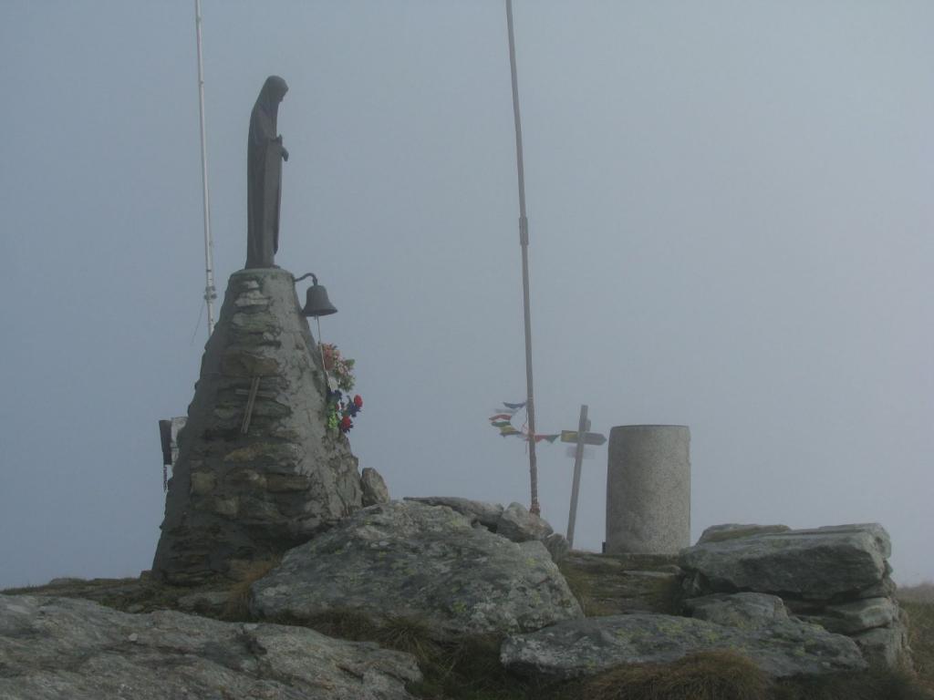 Madonnina fra la nebbia