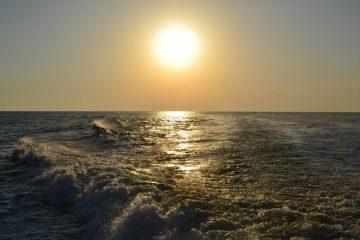 tramonto dal battello verso Riomaggiore