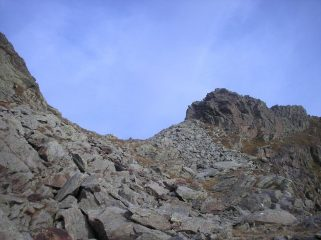 il colle che divide le due cime