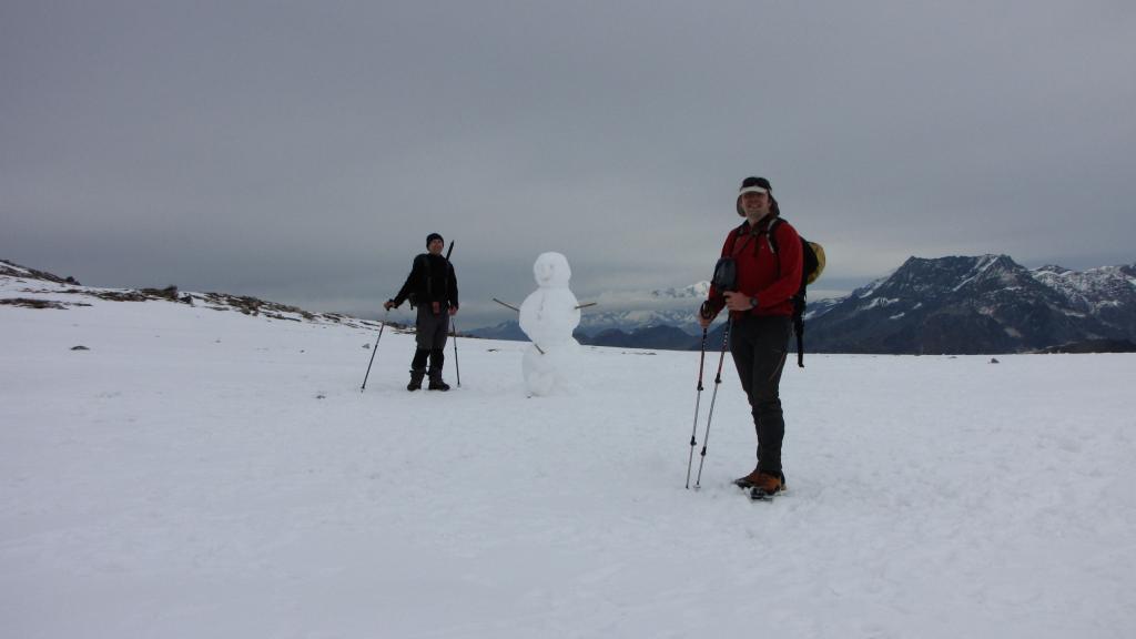 io, Enrico e il pupazzo di neve al Col d'Aussois (1-11-2013)