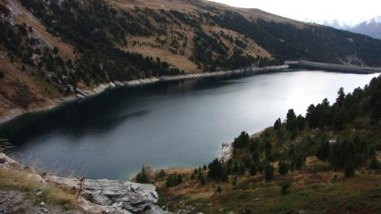 una bella visuale sul Lago di Plan d'Amont da quota 2180 m. (1-11-2013)