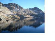 Il Lac du Basto ai margini della Valle delle Meraviglie..