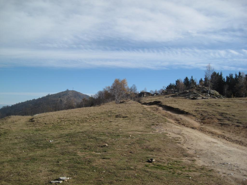 San Bernardo (Monte) da Roccabruna per il Chast'lass e il colle di Valmala 2013-11-09