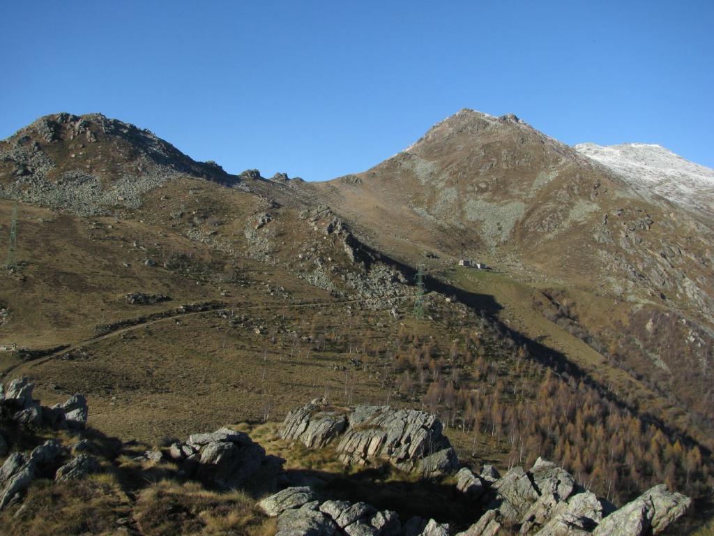 Gregorio (Monte) da Quassolo, anello per il Monte Cavallaria 2013-11-16