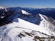 dalla cima del Monte Loccia di Peve la bella cresta percorsa