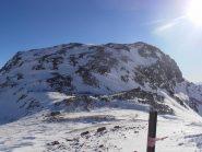 02 - Corno del Camoscio troppo spazzato dal vento per salirci con gli sci