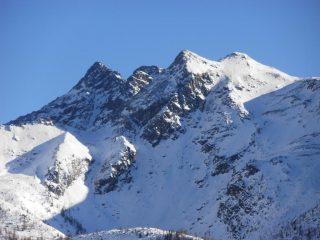 07 - insolita visuale del versante N-O del M.Avic