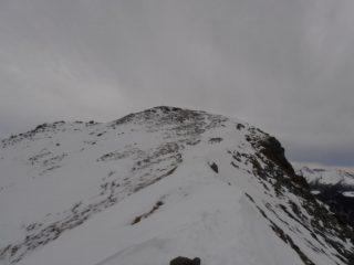 04 - Una volta giunti n cresta nessun problema per raggiungere la cima