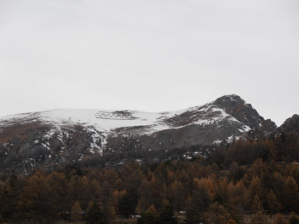 05 - vista dalla partenza, poca neve, ma ghiacciata