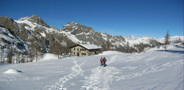 Barbustel (Rifugio) da Mont Blanc 2013-12-10