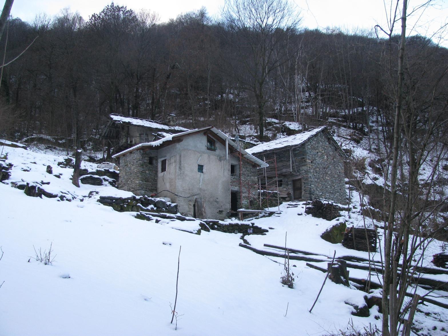 Lavori in corso al borgo di Tierè