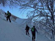 Salendo verso l'Alpe Cortino