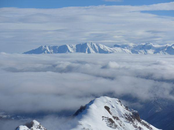 Bisalta e Tagliarè (in primo piano) dall'Alpe