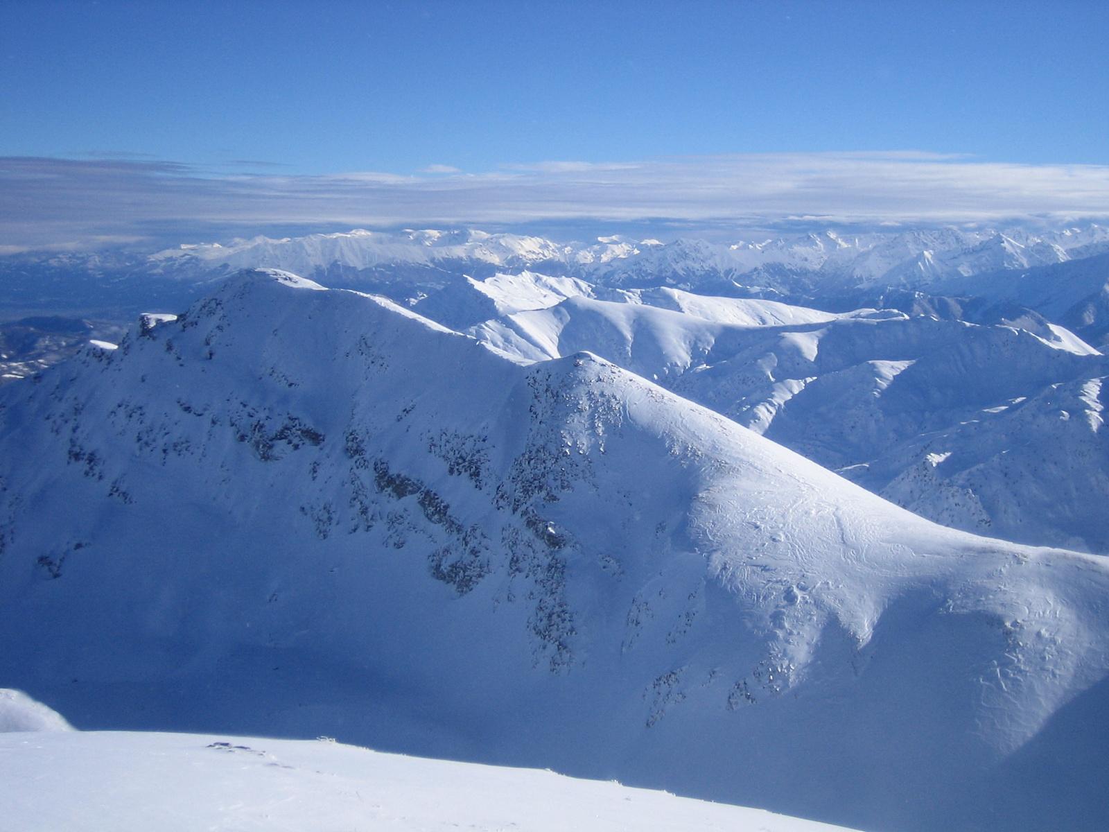 in primo piano il monte Tibert 2647 m.