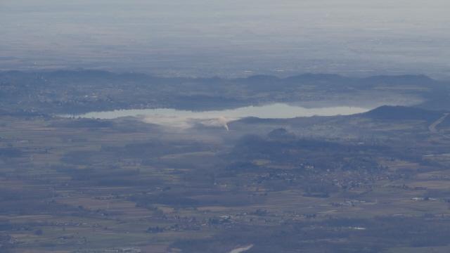 zoom sul lago di Viverone