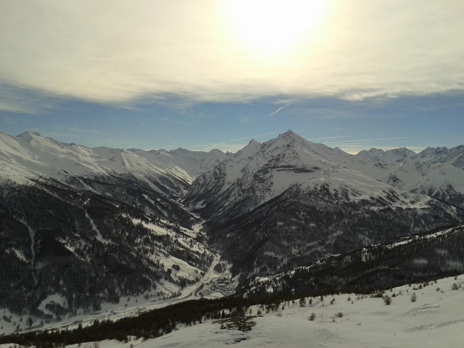 il panorama dalla cima del moncrons