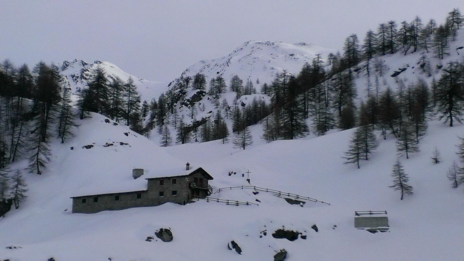 Panorama dall'Alpe Charey, colle Pillonet e Punta Champlong