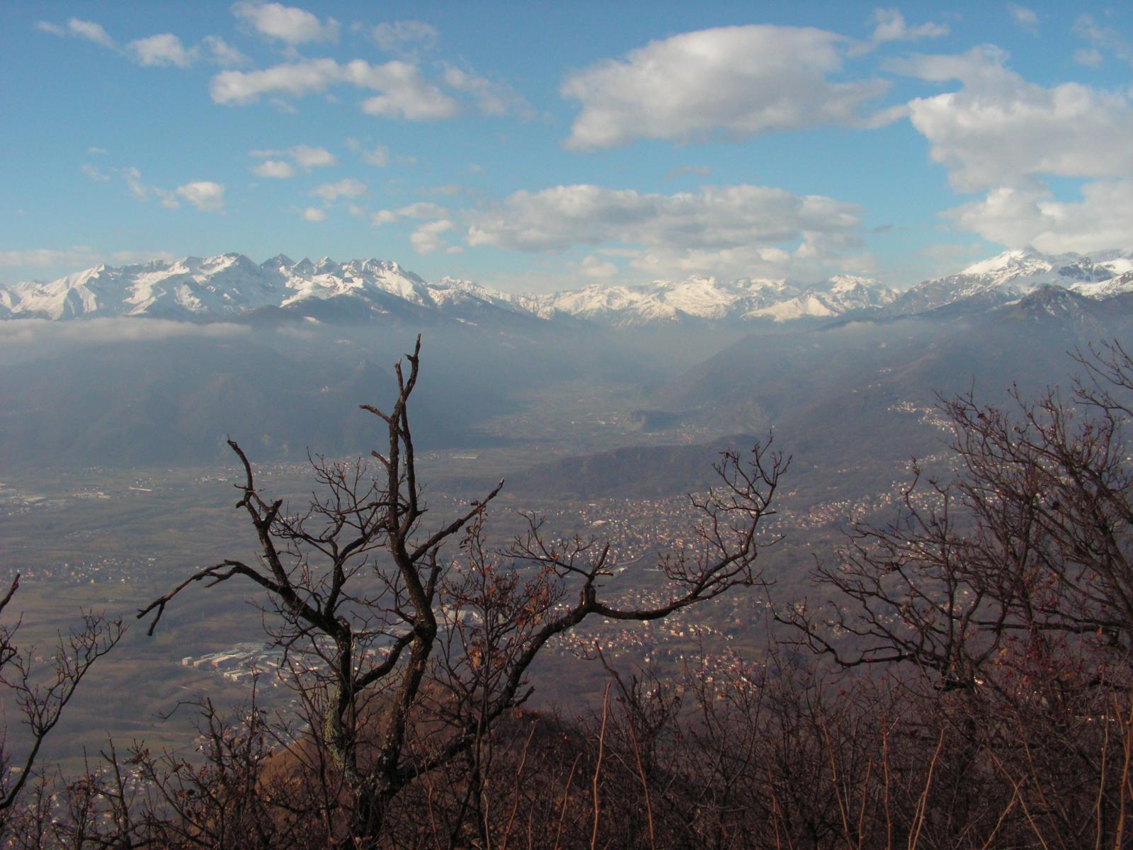 Panorama dal gruppo Orsiera-Rocciavrè al Rocciamelone