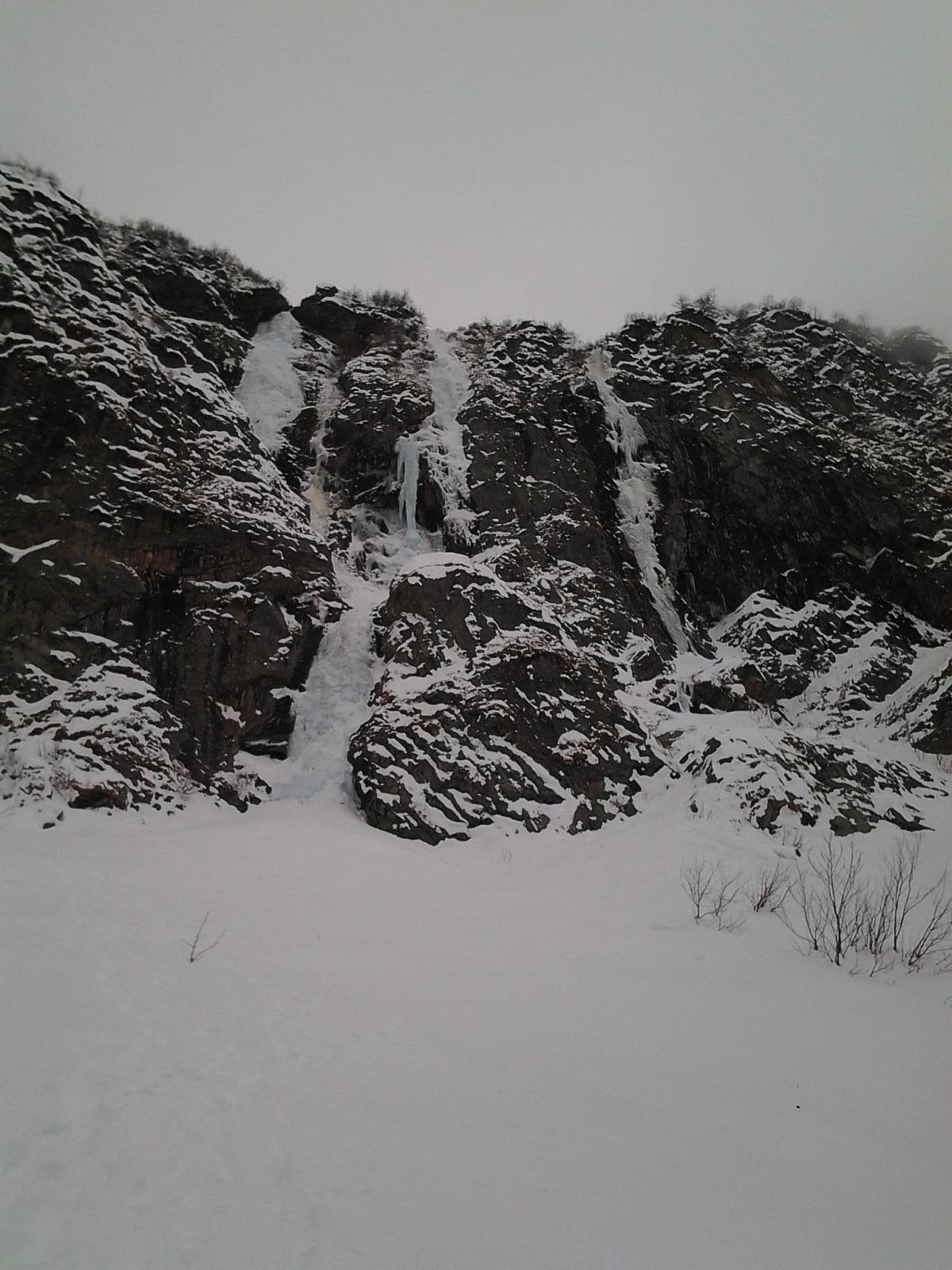 Le tre cascate dal basso
