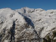 Cima di Marmontana a sx e Monte Pietre Bianche al centro