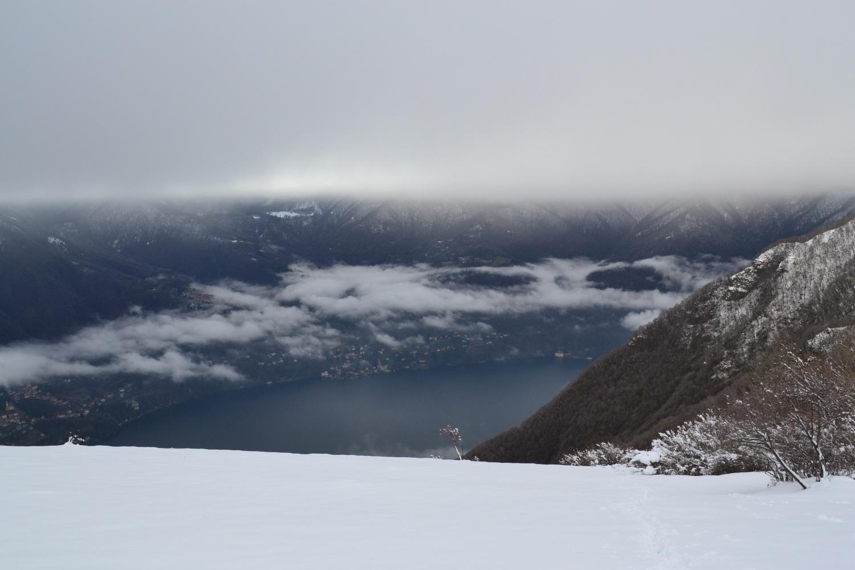 nuvole sopra il lago