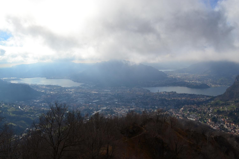 panorama verso Lecco ed il lago dalla cima