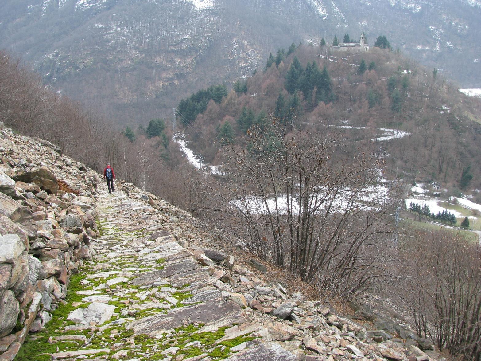 Antica mulattiera di Frachiamo e Rocca di Re Arduino