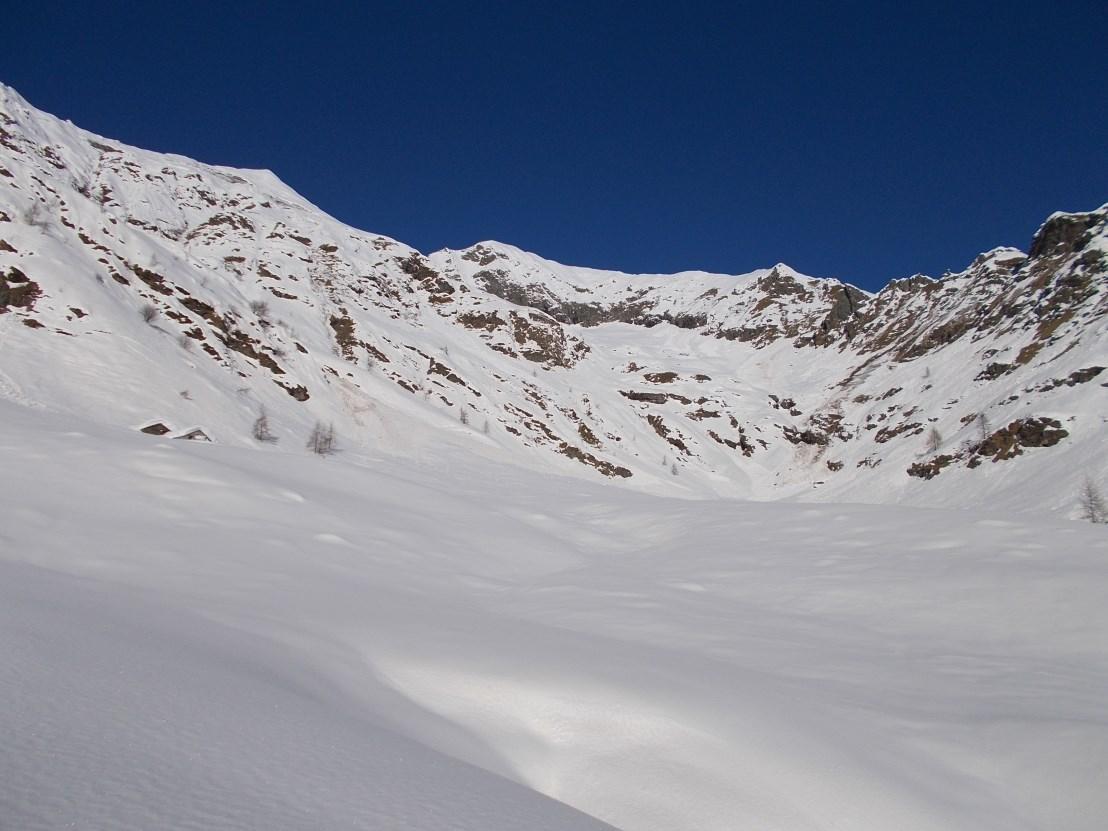 Ecco la valle oltre l'uscita dal Croso del Lampone