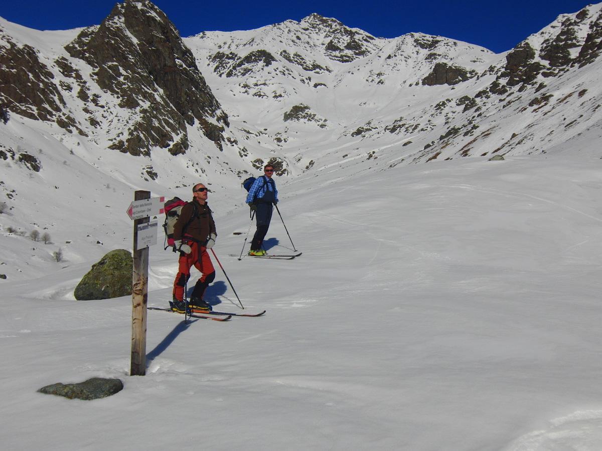 Lunella (Punta), spalla Est 2620 m da Grange per il Vallone del Gravio 2014-02-23