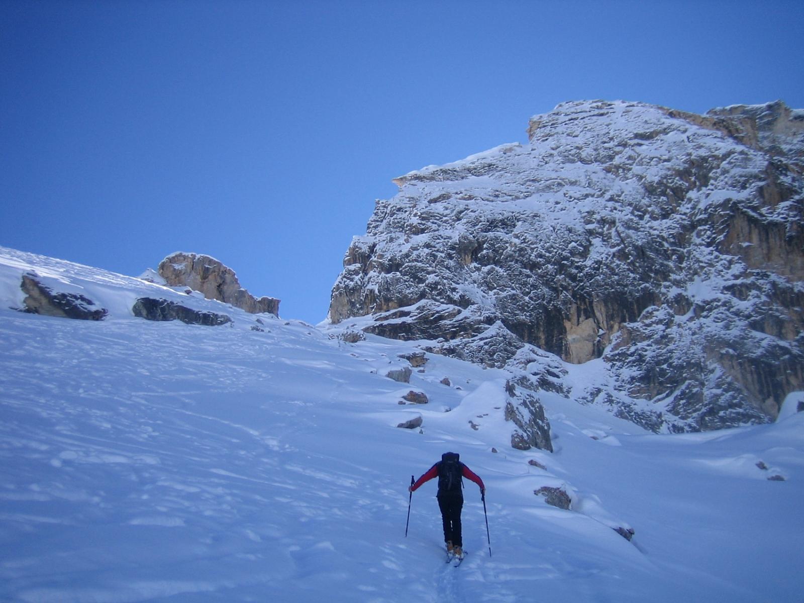 la parete rocciosa del Bric Camosciera