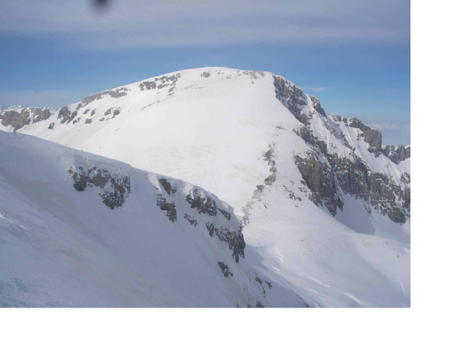 il Mongioie dalla cima Revelli..
