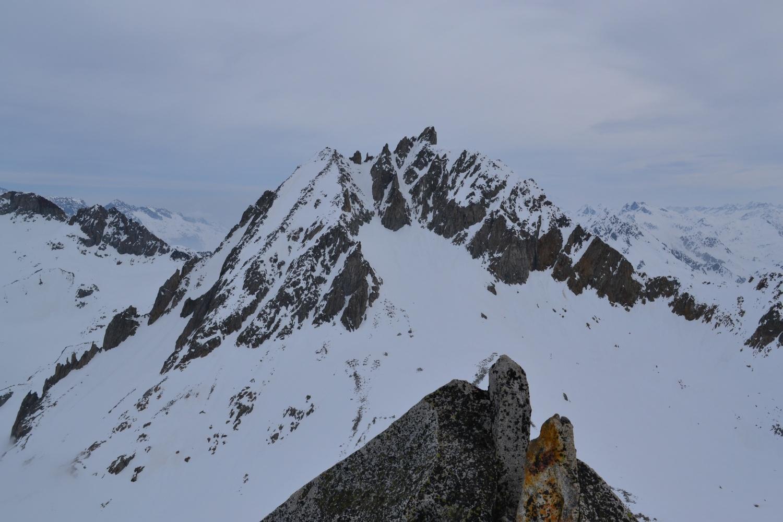 Pizzo Rotondo dalla vetta del Chüebodenhorn