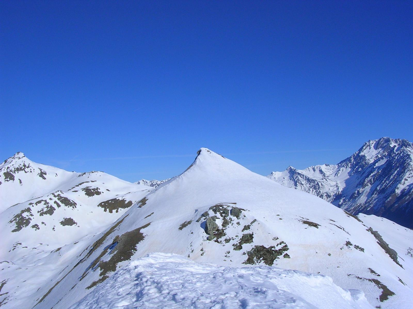 la chaligne e il mont de la Tza dalla cima