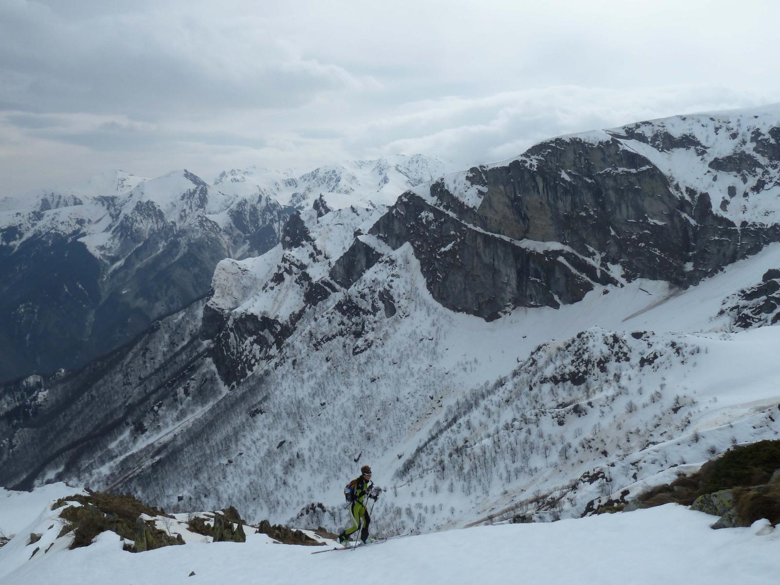 Alle spalle la valle Pesio