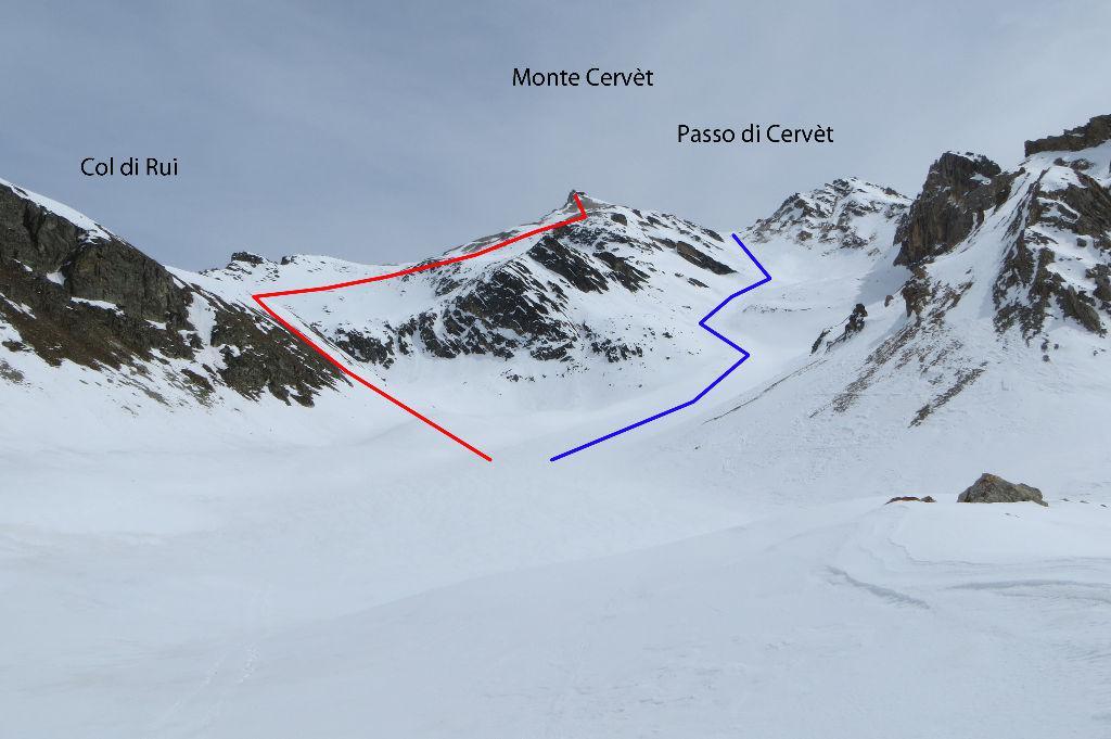 Monte Cervèt - in blu l'itinerario dal Passo di Cervèt. In rosso l'itinerario dal Col di Rui