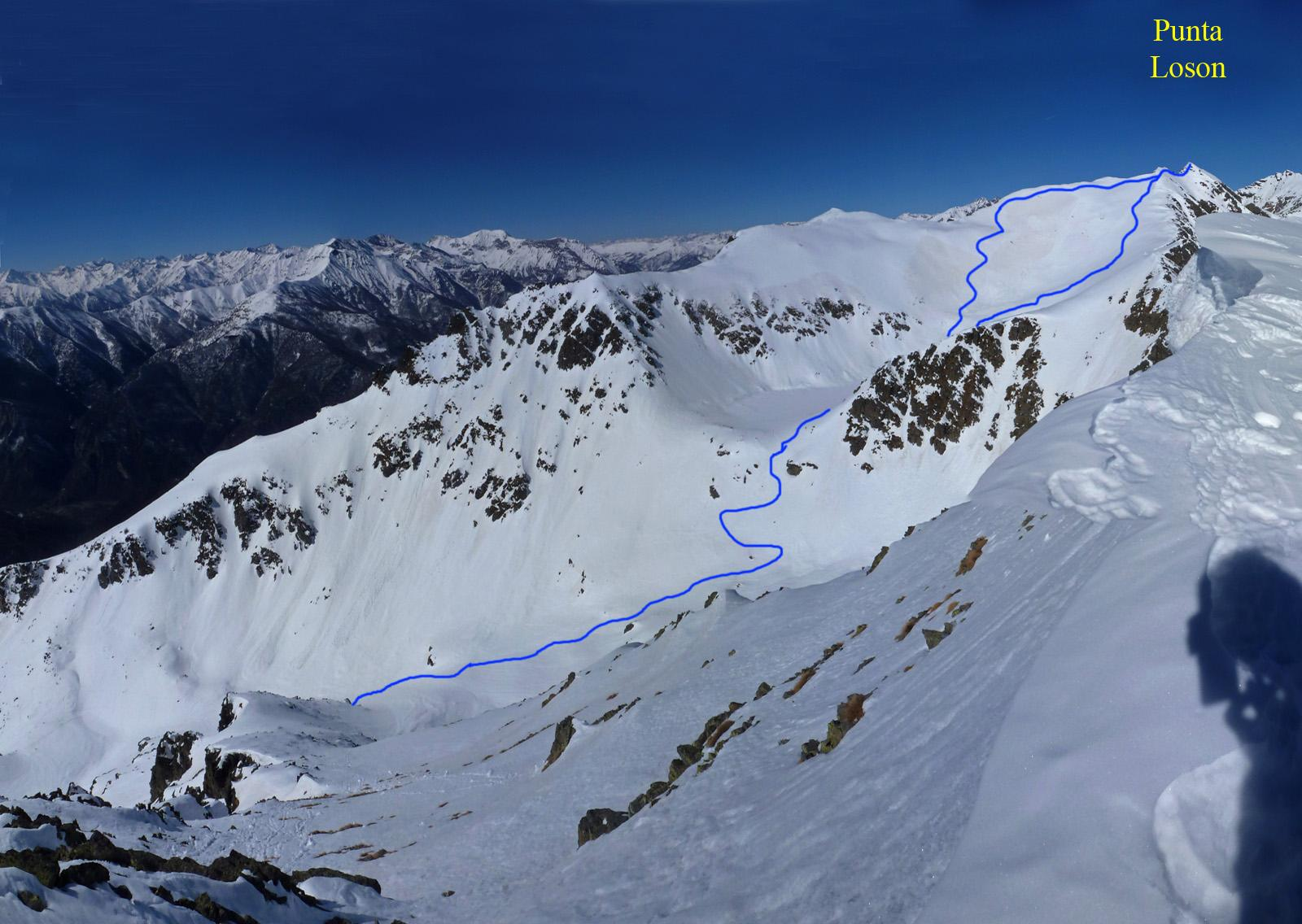 La parte alta dell'itinerario, vista dalla punta del lago 15 giorni fa