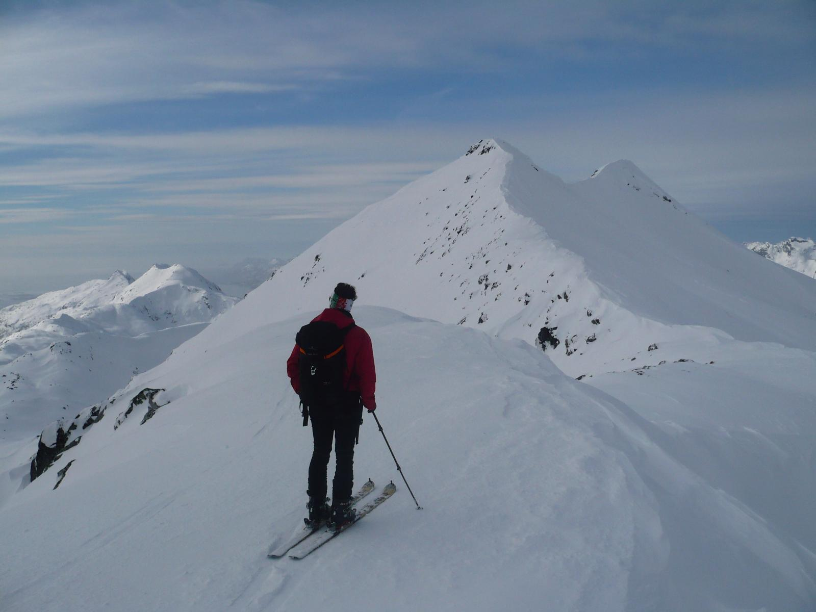 la cresta di salita vista da quota 754 m