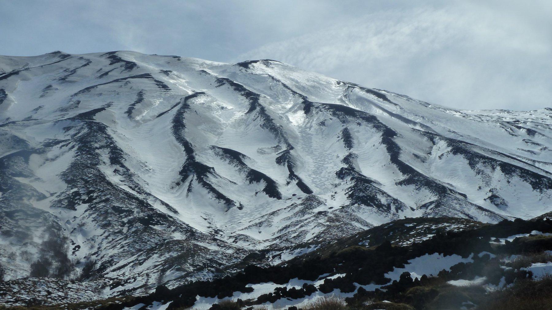 Etna, Cratere Nord-Est da Piano Provenzana 2014-03-29