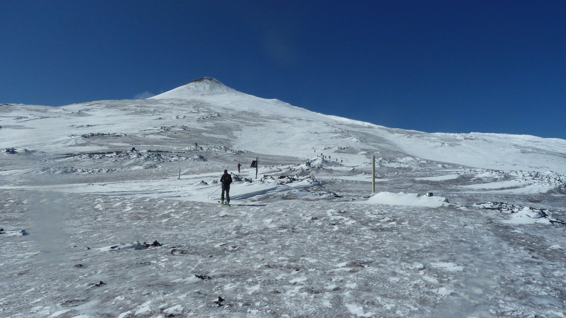 Salendo al cratere di NE
