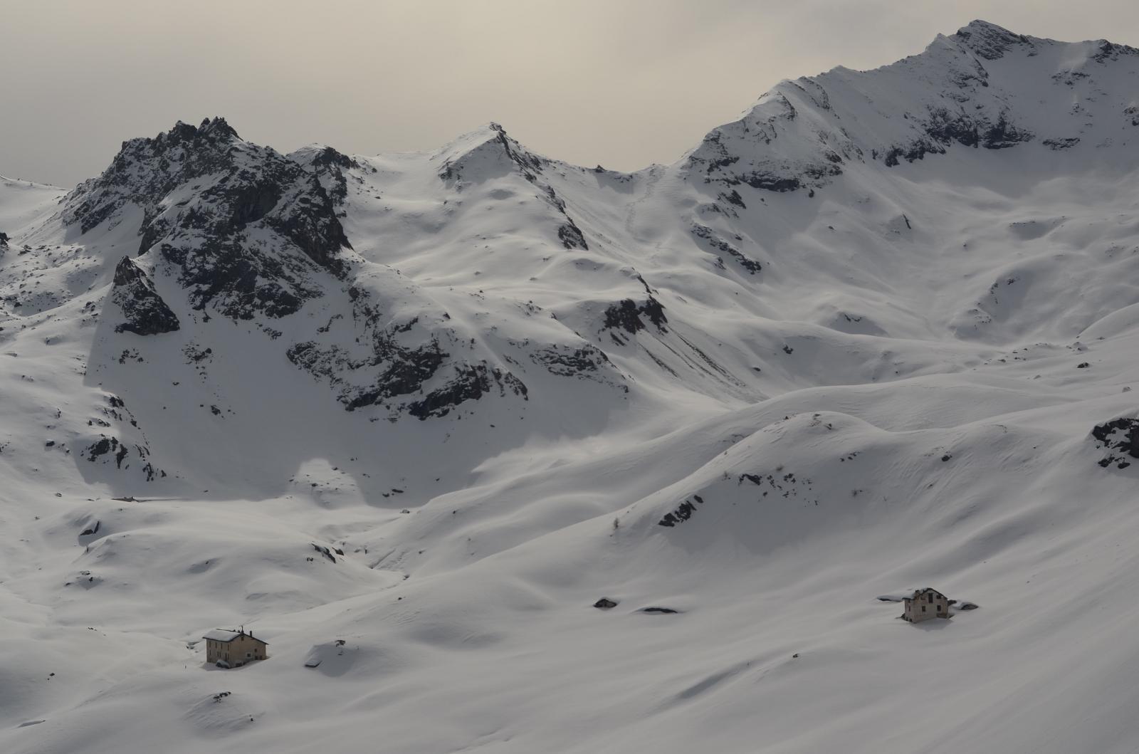 Salendo al Colle di Leppe, Verso il Lavoidillec e la Grand Chasse