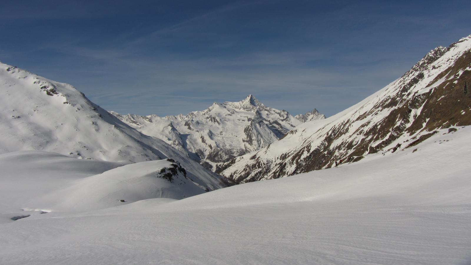 Vista sulla Grivola dal vallone del Grauson