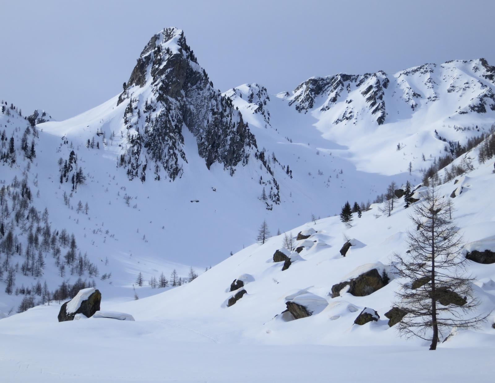 il magnifico ambiente nella zona della capanna, sepolta dalla neve