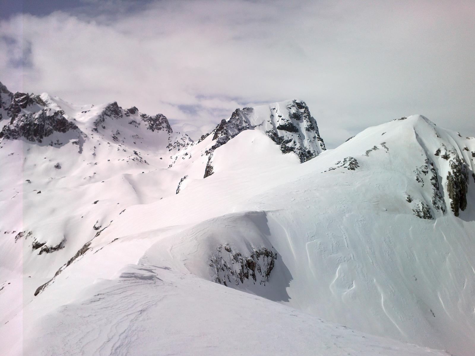 Rocca la Bastera sullo sfondo e Monte Frisson sulla destra