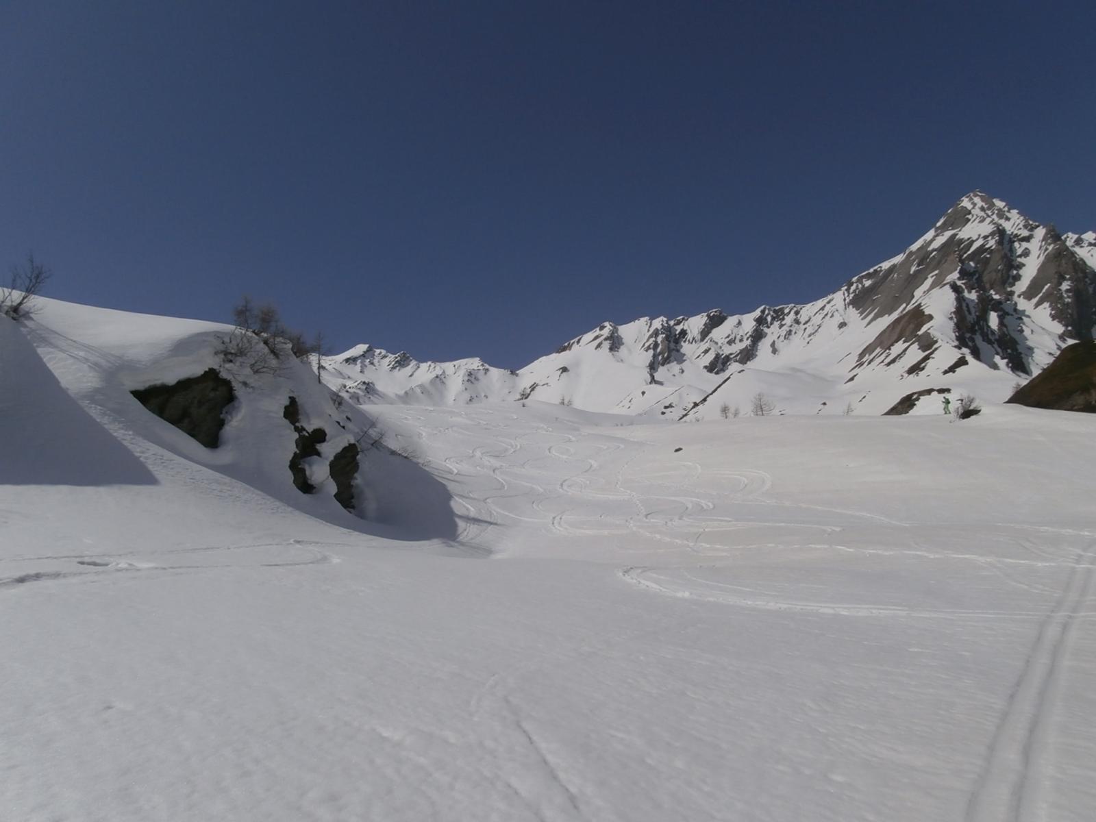 tratto intermedio con belle curve in neve trasformata...