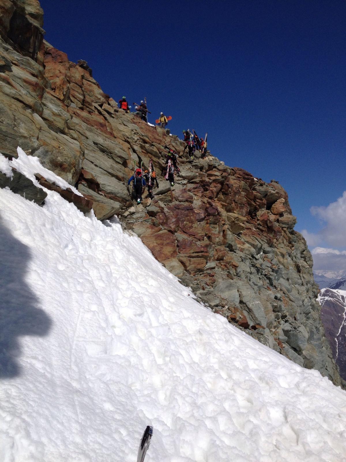 Il punto di passaggio a quota 3000 circa per scendere sul margine del ghiacciaio di Monte Grivoletta