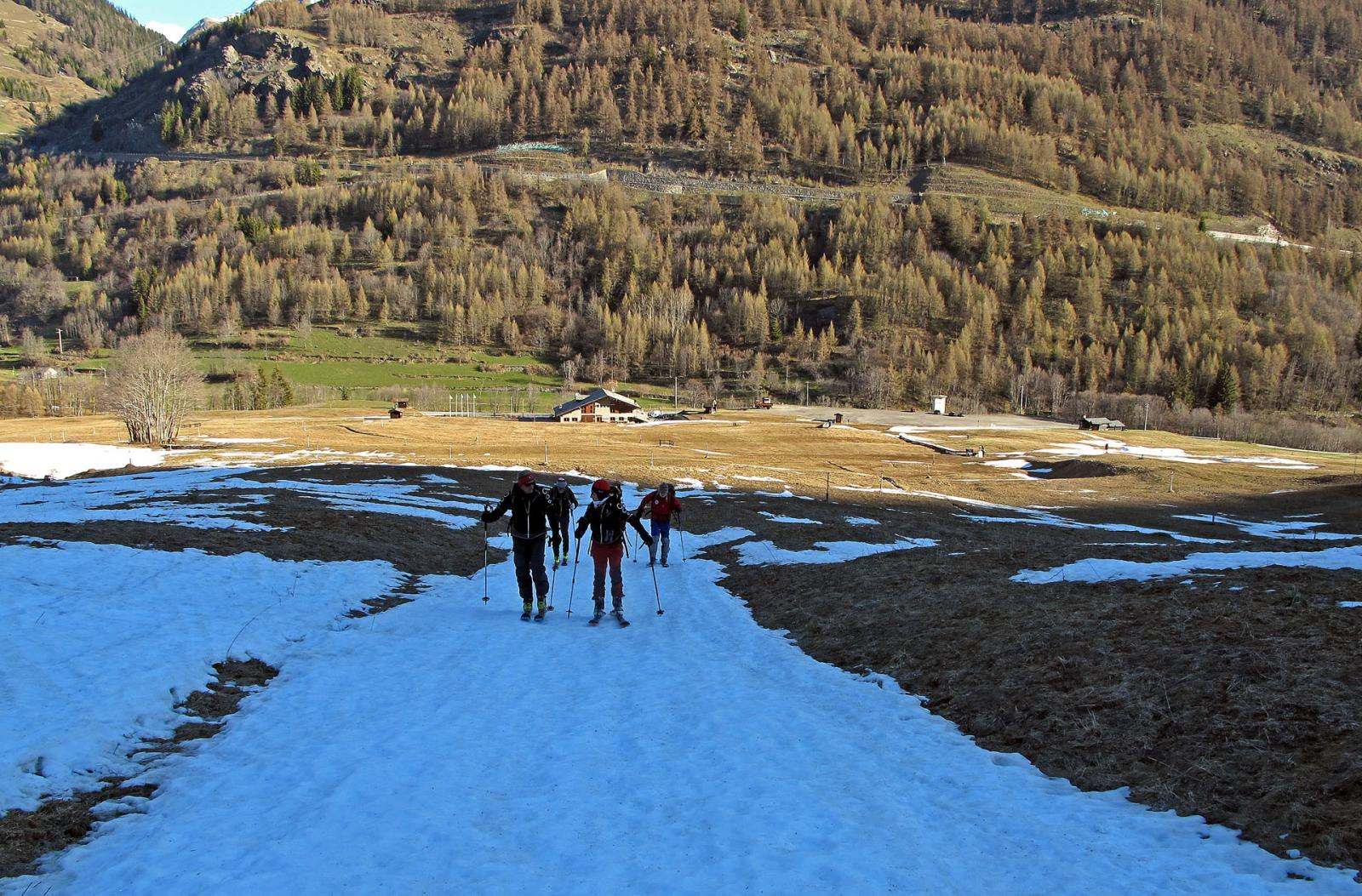 Alla partenza,pochi minuti e si mettono gli sci